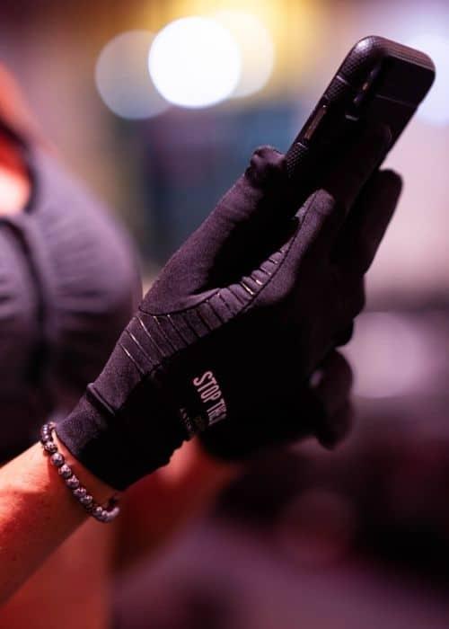 touchscreen workout gloves