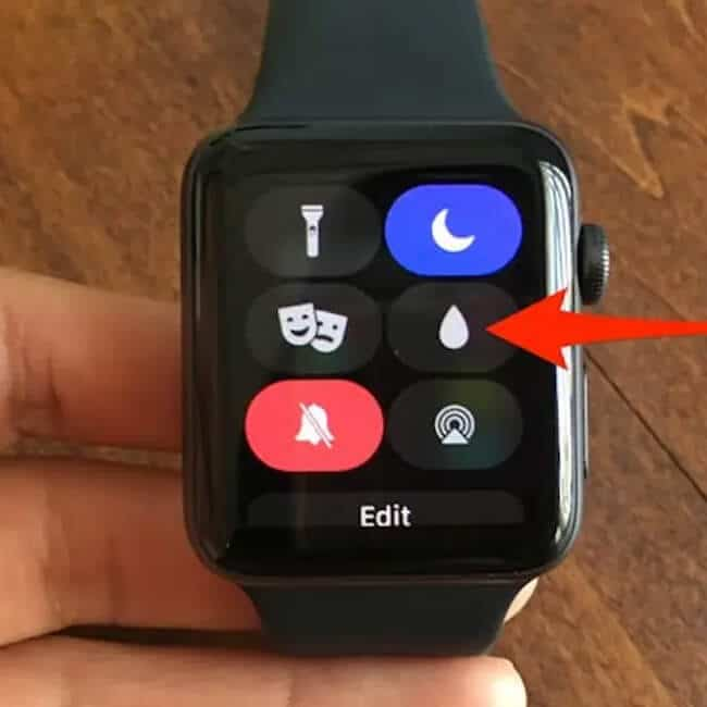 Apple Watch Water Lock Function